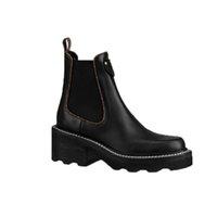2021 NUEVO Diseño Diseño Zapatillas de arranque de tobillo Paneles laterales Elásticos Estilo de lona Chelsea Botas Tamaño US5.5-9 con caja 1a8qci 1a8947