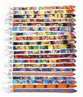 2021 الجملة الصغيرة الجديدة 100 قطع اليابان أنيمي الحبل أزياء مفاتيح الهاتف المحمول حاملي الهوية الرقبة للسيارة مفتاح بطاقة الهوية الهاتف المحمول 20 الألوان
