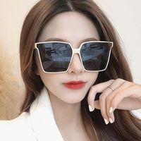 2021 Diamond T3524012-25 Femmes de lunettes de soleil et de lunettes de soleil Verres Hommes Arme de luxe Arme Naturelle Blanc Blanc Neuf Cadre Cadre CWGWP