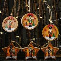Рождественские украшения Деревянный ореховый солдат со светильником Подвеска Круглый Пять остроконечных Звездных кулон Дерево Подвеска 2021 Новогодние Украшения HWe8730