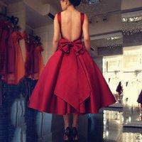 Ruthshen Yansıtıcı Kısa Balo Elbise 2020 Ucuz Bordo Kırmızı Çay Boyu Backless Kokteyl Parti Elbise Junior Vestidos de Gala L0312