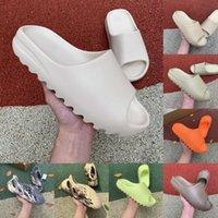 high quality Kanyes Wests Slipper Men Women Slide Bone Earth Brown Desert Sand Slide Resin Fashion Shoes Sandals Foam Runner Trainers Size 36-45