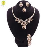 Earrings & Necklace Bridal Dubai Gold Jewelry Sets Crystal Bracelet Ring Nigerian Wedding Party Women Fashion Set