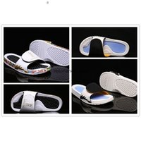 Newly Russia World Cup Hydro 5 V Rubber Sandals shark teeth Slipper 555501 Gold White Blue Black Jumpman Slide mens Athletic outdoor Shoes