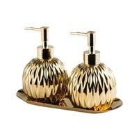 Dispensador de jabón de ducha de champú para champú para desinfectante de la mano Dispensador de jabón de inodoro 3pcs / conjunto Accesorios de baño Conjunto Cerámica de la bandeja de acero inoxidable
