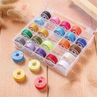 25pcs / set Caja de bobina con hilo de costura colorido hilos de hilo de lana y kit de caja para accesorios para el hogar para el hogar Herramientas de costura