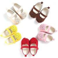 First Walkers Baby Shoes Fashion Linda Chicas Encantador Floral Sweet Bow Bow Dddler Boy Favor Soft Sole Prewalker 0-18M A0051