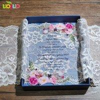 Открытки для поздравительных открыток Традиционный лазерный вырезать цветок свадебные пригласительные карты дизайн роскошный акрил с атласом