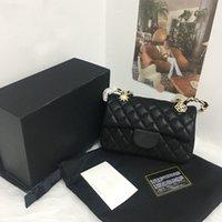 5A + Handtaschen Nachahmung Marken Design Lämmer Ledertasche Marke Designs Frauen Handtaschen mit Abzeichen Ang Goldkette Weibliche Klappen Geldbörse Schaffell Brieftasche