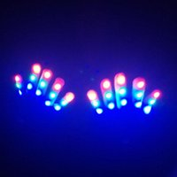 Decorazione del partito 1pc Halloween Bambini Guanti a LED Tenere caldo 7 Modalità luminose Forniture di giocattoli