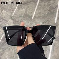 Güneş Gözlüğü Oulylan Trendleri Kare Büyük Boy Kadın Erkek Vintage Marka Tasarımcısı Şeffaf Degrade Güneş Gözlükleri Siyah Gözlük UV400