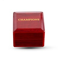Деревянная кольцевая коробка с чемпионатом из металла Чемпионата для участия, предложений или особых случаев с белой вставкой (1 отверстие)