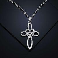 Collier de nœuds chinois simple HBP, plaqué or féminin creux en plaqué or, pendentif croix de mode de mode polyvalente