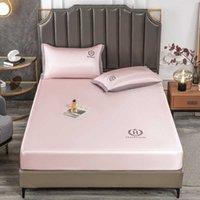 Hilton Iat Mat da bagno con lenzuolo in tre pezzi materasso ricamato copertura polvere copriletto copriletto haidasem Bedding1RHK