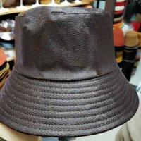 여성 모자와 모자를위한 가죽 양동이 모자 패치 워크 인쇄 꽃 가죽 양동이 모자 힙합 갈색 와이드 브림 비치 낚시 캐주얼 캡