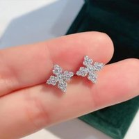 Stud Independent Design Inlaid Crystal Geometric Earrings Ladies Elegant And Light Luxury Jewelry Daily Party Accessories