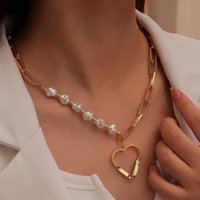 Pendant Necklaces Punk Ladies Gold Hollow Love Necklace Fashion Natural High Imitation Half Baroque Pearl Valentine's Day Gift