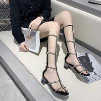 الصنادل اليدوية المشاهير 2021 أزياء المرأة الكريستال المصارع حجر الراين الكعوب الجوف خارج روما حزب المنصة الأحذية