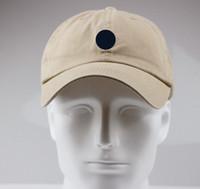 2021 Yüksek Kalite Tuval Lüks Kap Erkekler Kadınlar Şapka Açık Spor Eğlence Strapback Şapka Avrupa Tarzı Tasarımcı Güneş Şapka Marka Beyzbol Şapkası