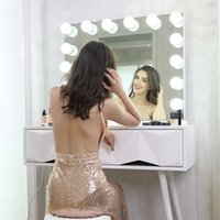 光沢のあるアルミニウムフレームLEDフレームレスハリウッド化粧鏡の大きな電球デュアルUSBアウトレットウッドベース
