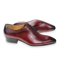 2021 homens sapatos vestido luxo de couro genuíno mens artesanal sapato sapato festa fiel ao tamanho Tome o seu tamanho normal Brogue três cores