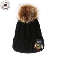 Ulgen Yeni Serisi El Sanatları Baykuş Tığ Beanies Kadınlar Kış Şapkalar Orijinal Sıcak Beanie Şapka Kürk Ponpon ile