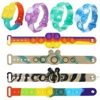 The latest decompression fidget toy Flip Keychain Rodent Pioneer Puzzle Press Finger Bubble Music Bracelet DHB8133