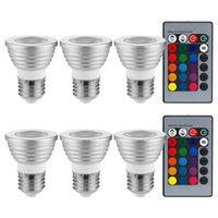6 PAQUETES 3W Multicolor E26 LED bombillas, bombilla de foco de RGB con 2 controladores remotos, reflector de cambio de color, lámparas de humor ligeras, para General, Decorativo, Acento Lighting