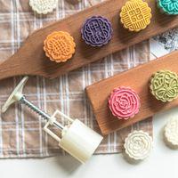 Moldes de padaria Moon Bolo Ferramenta Cookie Flower Stamp MoonCake Molde Kitchen Acessórios Ma'amoul Formulário de Molde de Pastelaria Oriental para Baking 210225
