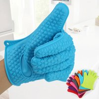 Kitchen Microwave oven mitt Baking Gloves Thermal Insulation Anti Slip Silicone Five-Finger Heat Resistant Safe Non-toxic Gloves HWF8319