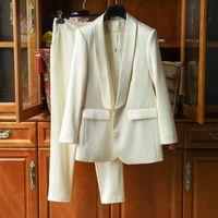 Moda stile Top Quality Design originale Design Donne Donne Pantaloni da due pezzi Business Attrezzo Embossing Scialle Colletto One Button Blazer + Pantaloni Vestito