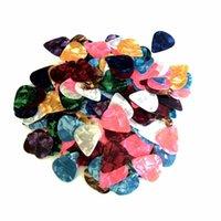 1 Paket 500 adet Gitar Seçtikleri Karışık Renk Selüloit 0.71mm Gitar Parçaları