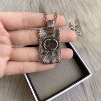 Los mejores productos de diseño de lujo Collar de plata de latón para Woaman Alloy Necklace Top Calidad Collar Vintage Fashion Joyery Supply