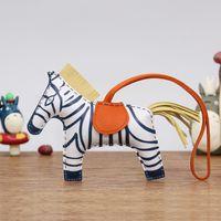 Brand New Zebra Charm Handmade Real Pecora Borsa Cavallo Pendente Pendente Top Pelle Borsa Borsa Ornamento Portachiavi Donna Accessorio Hot