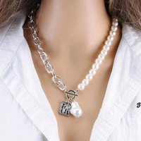 Pendant Necklaces Retro Pearl Initial Necklace Butterfly Heart Lock Long Statement Clavicle Chain For Women Jewelry
