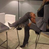 Freies verschiffen Frau grau Wildleder Slim Quaste Rücken Zeige Zehe über dem Knie dünne Fersen Oberschenkel lange Stiefel Fringe High Heels G0ZK #
