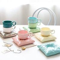 Творческие керамические кофейные чашки с подушкой Форма Plates Персонализированные чайные чашки Установите домашний стол аксессуары Отель Уникальные подарки для нее
