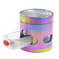 Grinderos para fumadores Accesorios Herramientas de arco iris Color 63mm 4 Piezas Aleación de zinc con cajones Windows Forma de señal Dientes Tabaco Crusher Herb Grinder Slicer