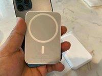 متوافق مع حزمة بطارية Magsafe ل iPhone 13 Pro MAX MINI 12PRO 12PROMAX 12MINI 12 Wireless Charger Charger وحدة شحن مجاني