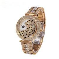 Wristwatches Women Quartz Watch Fashion Bling Casual Ladies Female Gold Crystal Diamond Leopard For Clock