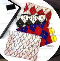 2021 nuove donne di modo Four Seasons Sciarpe Skin Salender Velvet Sciarpa 180 * 70cm sciarpa scialle classico oro seta seta sciarpa di alfabeto