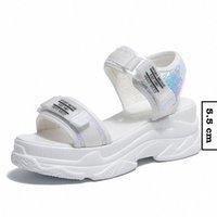 후진 여름 여성 샌들 버클 디자인 블랙 화이트 플랫폼 샌들 편안한 여성 두꺼운 솔 비치 신발 망 루퍼 공식 SHO F51E #