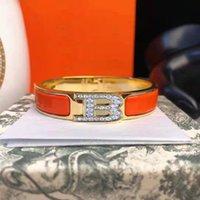 2021 Klassische Frauen Luxus Designer Schmuck Armbänder Edelstahl 12mm H Armband Email Damen Hochzeit Armreif Mit Kasten Hohe Qualität