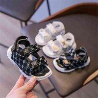 الصنادل الأطفال عارضة الأحذية الصيف مصممين ضوء لينة أسفل الطفل الرضيع أحذية أطفال طفل الفتيات وصبي الأزياء صندل G59JS4W