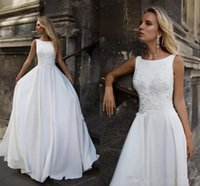 Simple Satin A Line Wedding Dresses Applique Lace Bridal Gowns Sexy V Back Backless Beach Country Vestido de Noiva