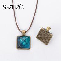 Colares Pingente Suteyi Personalidade Azul Fulgor Colar Forma Quadrado Antique Bronze 2.2cm Ocean Galáxia Com Couro Cadeia Cadeia Jóias