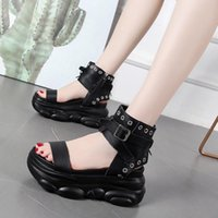 2021 Summer Femmes Plate-forme Open Toe Rome High Talons High Talons Sandales Fashion Boucle Gladiator Chaussures Punk Noir Gothic Sandals