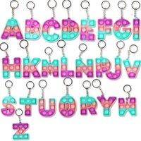 2021 푸시 버블 악기 손가락 키 체인 감각 장난감 알파벳 26 대문자 키 체인 데스크 감압 방지 방지 장난감