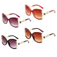 1929 Wholesale Designer Sunglasses Original Eyeglasses Beach Outdoor Shades PC Frame UV400 Fashion Classic Lady Mirrors for Women and Men Sun Glasses Unisex