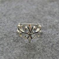 Vente en gros 925 Sterling Silver Ch Cross Couple Couple Bijoux Tour Femme Petit doigt Bague pour hommes thaïlandais chrome